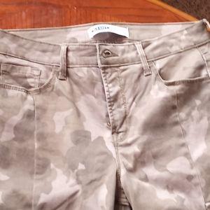 Old Navy Rockstar Camo Jeans